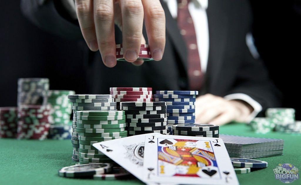 Hướng dẫn chi tiết cách chơi Blackjack cho anh em mới nhập môn